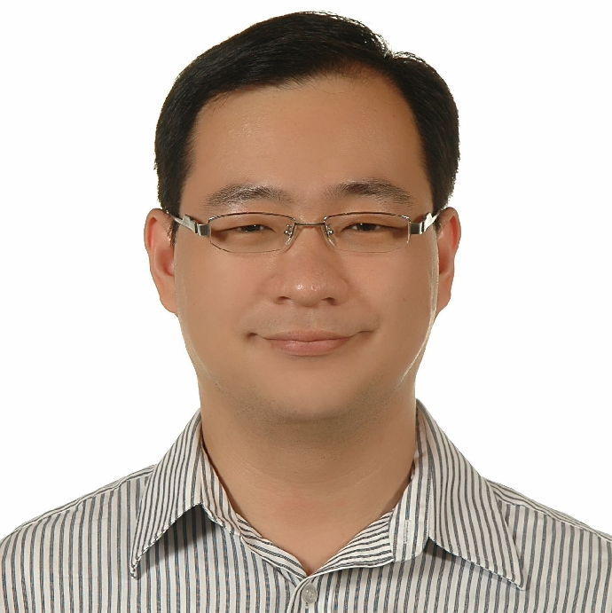 蔡坤霖 副教授兼電機系主任